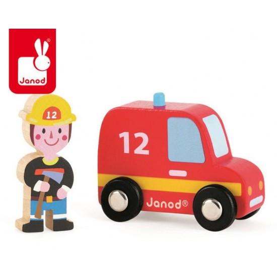 Wóz strażacki ze strażakiem...